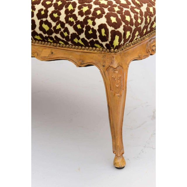 Fabric Louis XV Style Upholstered Bench For Sale - Image 7 of 10