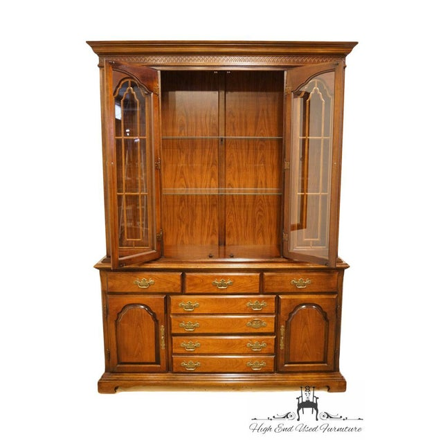 Traditional 20th Century Traditional Bernhardt Furniture Solid Cherry Buffet With Illuminated Display China Cabinet For Sale - Image 3 of 13