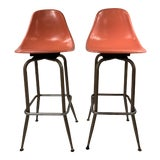 Image of Mid-Century Modern Swivel Orange Shell Bar Stools - a Pair For Sale