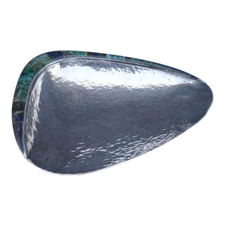 Mid 20th Century Los Castillo Hand-Hammered Silver, Lapis and Malachite Shell Dish For Sale