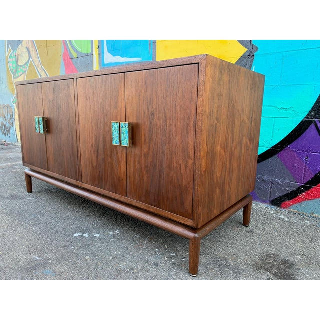 Mid-Century Modern Mid-Century Modern Credenza Chest by Monteverdi Young For Sale - Image 3 of 6