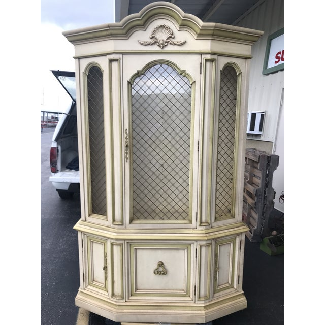 1950's French Provincial China Cabinet For Sale - Image 4 of 4