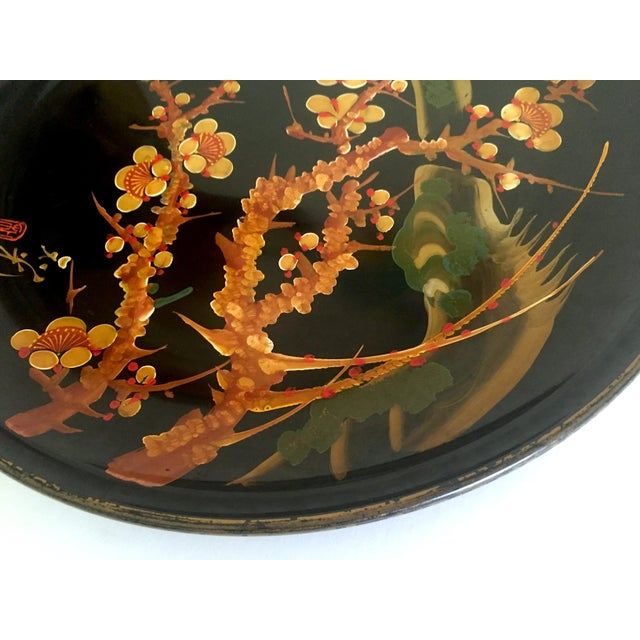 Vintage Mid Century Japan Hand Painted Flower Branch Blossoms Large Round Lacquer Tray Platter For Sale In Kansas City - Image 6 of 13