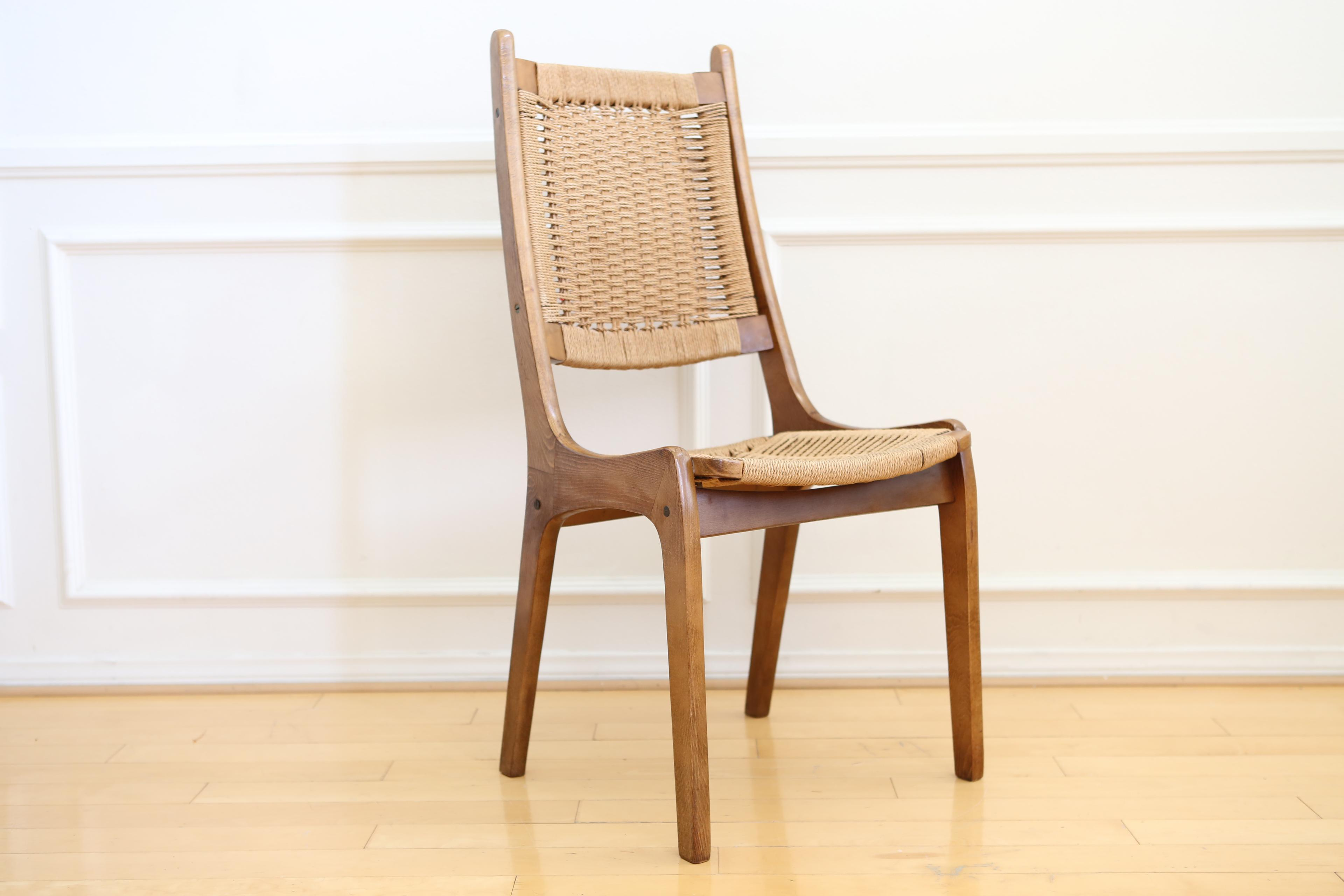 This Is A Beautiful Mid Century Modern Chair In Excellent Condition, No  Issues At All