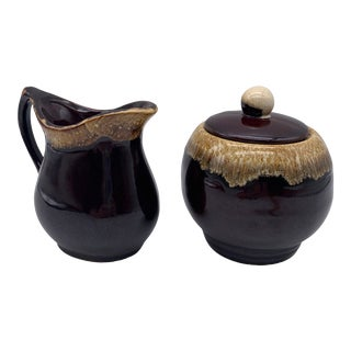1940s Roseville Pottery Brown Drip Glaze Creamer and Sugar Bowl With Lid - Set of 2 For Sale