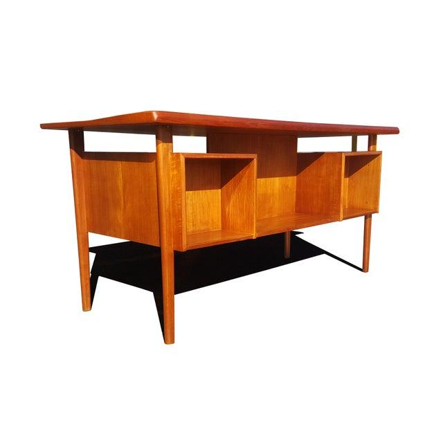 Danish Mid-Century Modern President Desk by Peter Lovig Nielsen For Sale In Portland, ME - Image 6 of 10