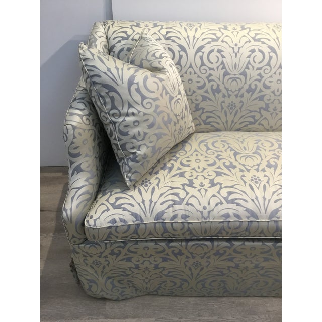 Elegant Hickory Chair traditional blue and silver damask sateen skirted sofa, comes with two accent pillows and I have the...