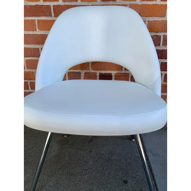 White Knoll Saarninen White Executive Chairs- A Pair For Sale - Image 8 of 12