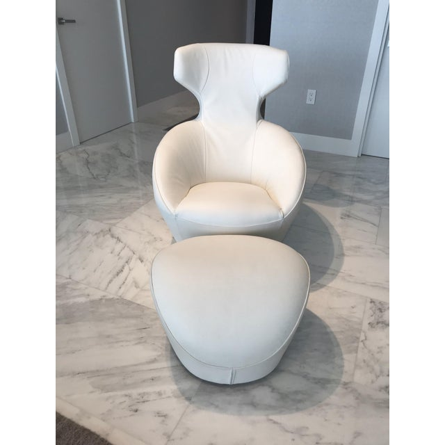 Edito Modernist White Leather Ottoman by Roche Bobois For Sale - Image 9 of 11