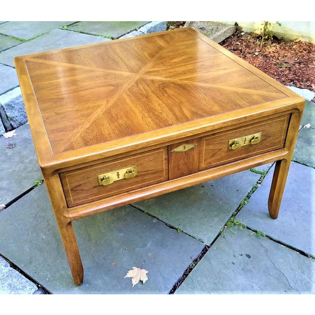 Gorgeous Mastercraft table that can be used as a coffee table, side table or end table. Ample drawer for storage. Inlaid...