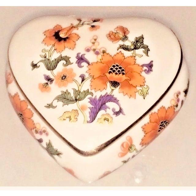 Ceramic Limoges Rochard France Trinket Jewelry Heart Box For Sale - Image 7 of 7