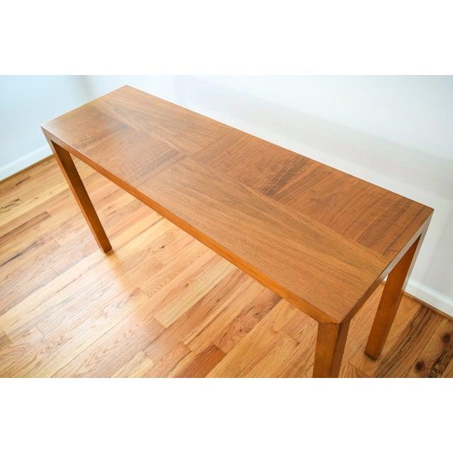 Mid-Century Vintage Lane Sofa Console Table - Image 6 of 9