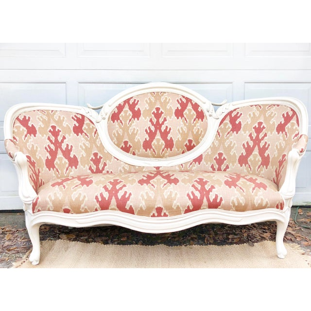 Victorian Transitional Upholstered Settee For Sale In Charleston - Image 6 of 6