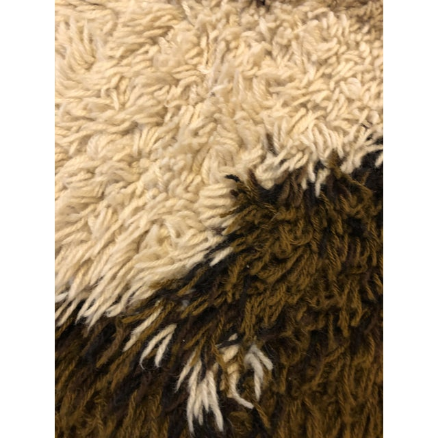 1970s Mid Century Scandanavian Rya Rug- 4′6″ × 6′6″ For Sale - Image 5 of 9