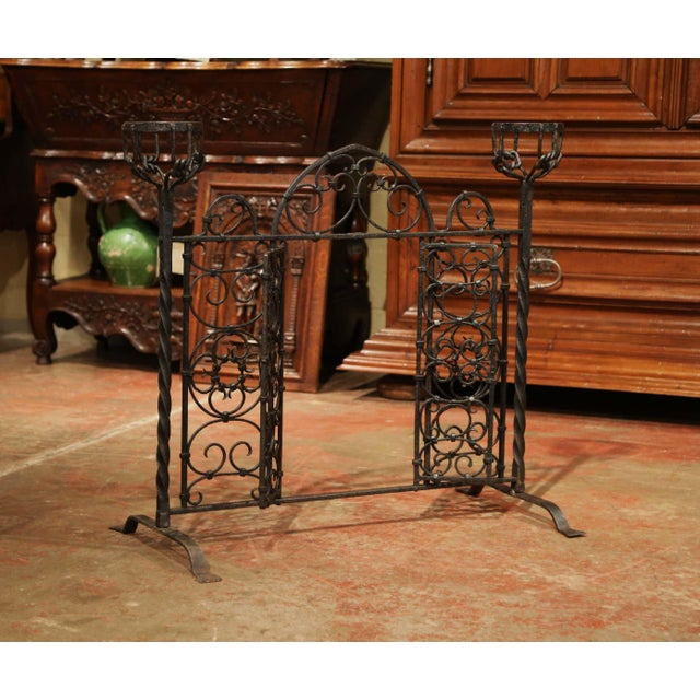 Iron 19th Century French Forged Iron Double Door Fireplace Screen With Bowl Holders For Sale - Image 7 of 10