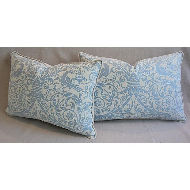 """White 26"""" X 18"""" Custom Tailored Italian Fortuny Uccelli Feather/Down Pillows - a Pair For Sale - Image 8 of 11"""