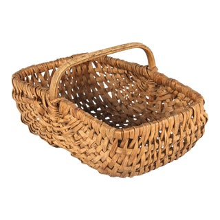 Mid 20th Century French Wicker Basket from Auvergne Region For Sale