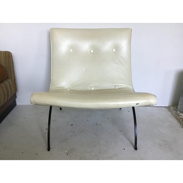 Vintage Milo Baughman Iron Leg Scoop Lounge Chair For Sale - Image 11 of 11