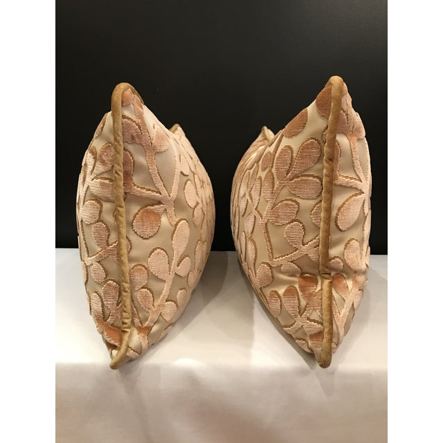 A pair of lumbar pillows Beacon Hill Summer Sonata in Shell of silk and cotton with a sand color velvet corded edge....