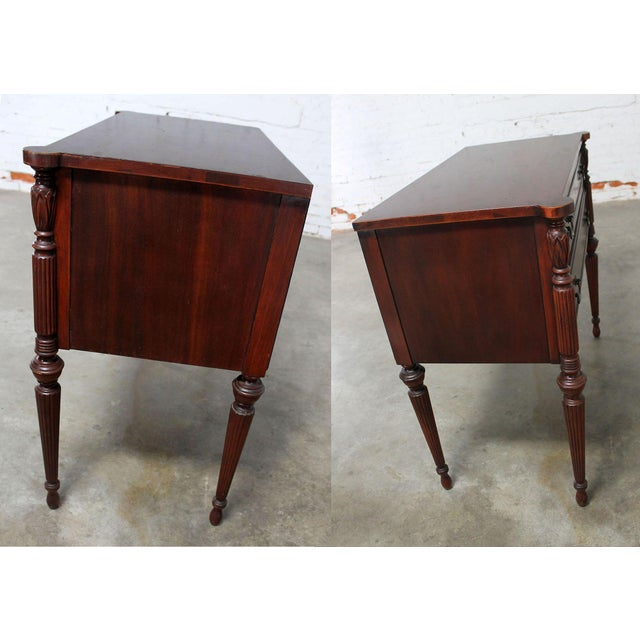Classic Sheraton Federal Style Mahogany Server in the manor of Salem Cabinetmakers For Sale - Image 4 of 11