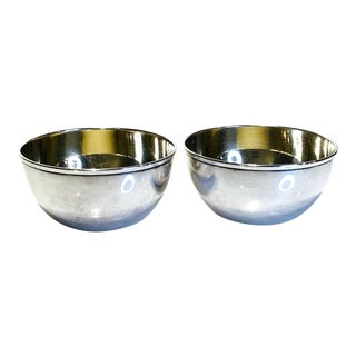 1930s Toyokoki 990 Fine Silver Japanese Small Bowls W/ Gold Washed Interior - a Pair For Sale