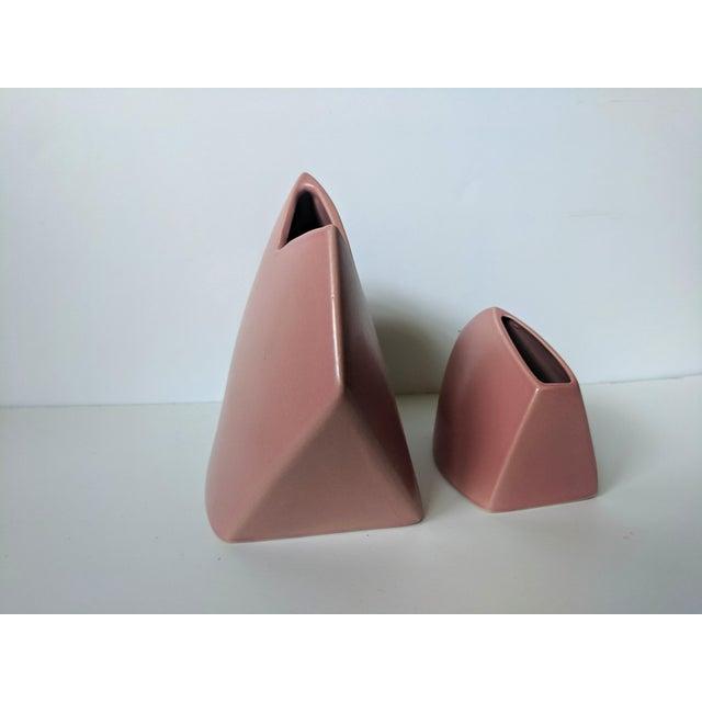 1980s Set of 2- 1980s Modernist J Johnston Sculptural Vessels For Sale - Image 5 of 12