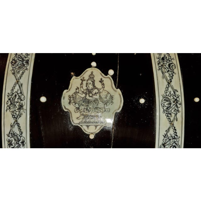 19th Century Anglo Indian Vizagapatam Dark Shell and Faux Ivory Glove Box For Sale In Dallas - Image 6 of 7
