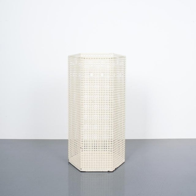 Lacquer Josef Hoffmann Umbrella Stand for Bieffeplast White, Italy, Circa 1980 For Sale - Image 7 of 7