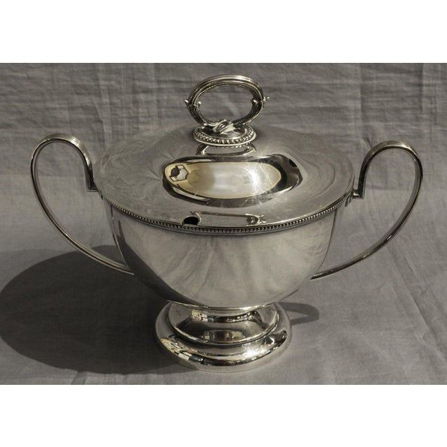 Neoclassical Goldsmiths & Silversmiths LTD Silver English Soup Tureen For Sale - Image 3 of 8