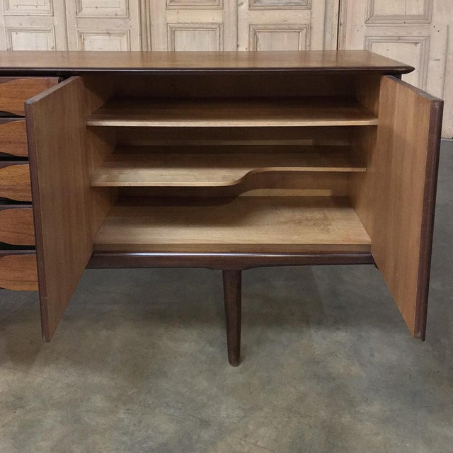 Mid-Century Modern Mahogany Low Buffet For Sale In Dallas - Image 6 of 13
