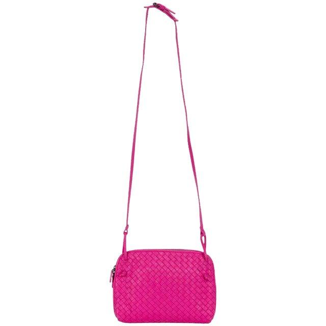 4fc43a6903 Bottega Veneta Fuchsia Woven Crossbody Bag
