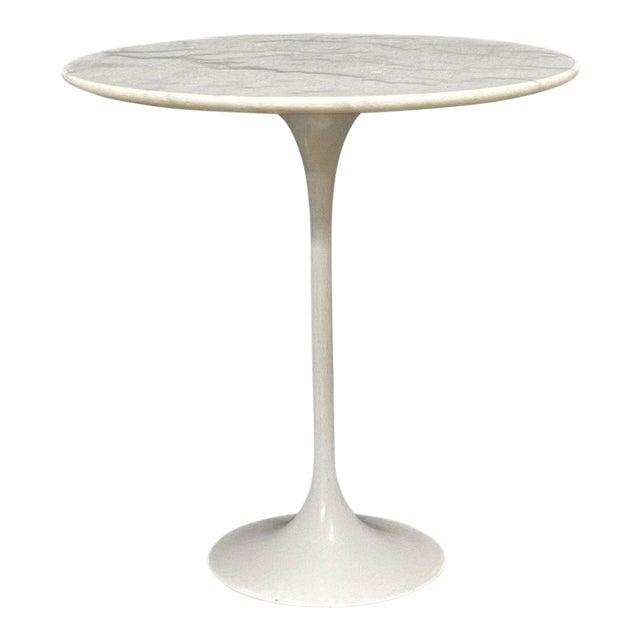 Eero Saarinen Marble Top Pedestal Knoll Tulip Side Table For Sale