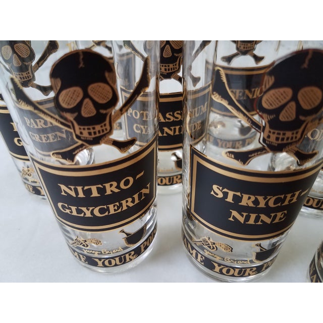 """Georges Briard """"Name Your Poison Glasses"""" Skull and Crossbones Glasses - Set of 8 For Sale - Image 10 of 13"""