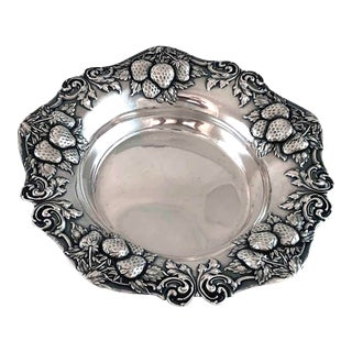 1920s Woodside Sterling Silver Strawberry Dish For Sale