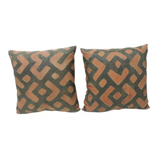 Pair of Vintage Red and Grey African Raffia Applique Decorative Pillows For Sale