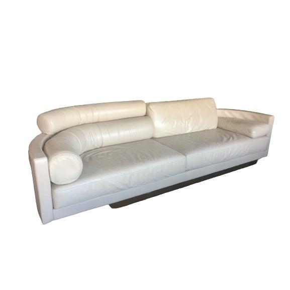 Postmodern Postmodern I4 Mariani Pace Molto-DI Italian White Leather Sofa For Sale - Image 3 of 4