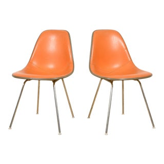 Orange Vintage Eames Chairs for Herman Miller - a Pair For Sale