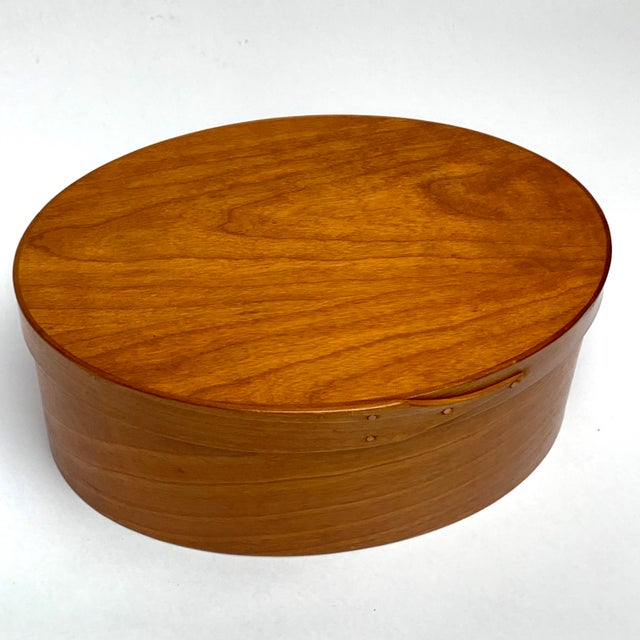 American Orleans Carpenters Shaker Box For Sale - Image 3 of 6