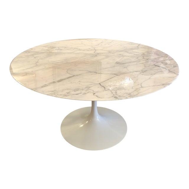 Saarinen Carrar Marble Tulip Table For Sale