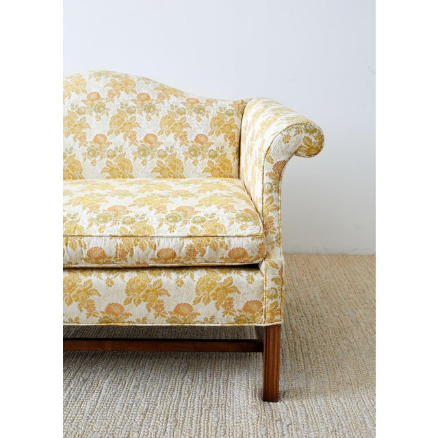 Light Yellow English Georgian Style Mahogany Camelback Settee Loveseat For Sale - Image 8 of 13