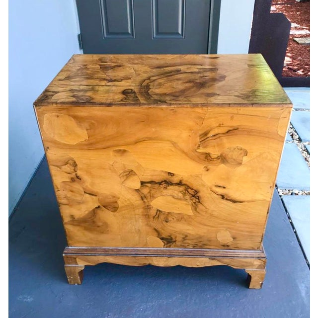 Incredible little olive Burl wood chest of drawers. Brass hardware. A very special piece. A beautiful patina from age....