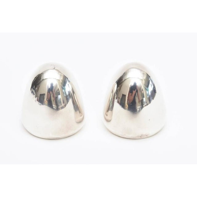 Metal Pair of Modernist Antonio Pineda Sterling Silver Salt and Pepper Shakers For Sale - Image 7 of 9