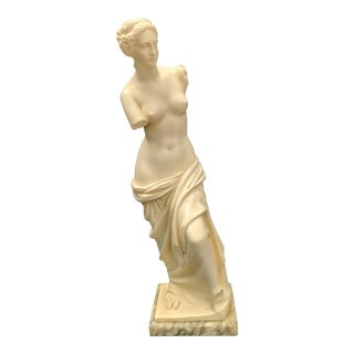 1950s Art Deco A. Giannelli Venus De Milo Alabaster Sculpture For Sale