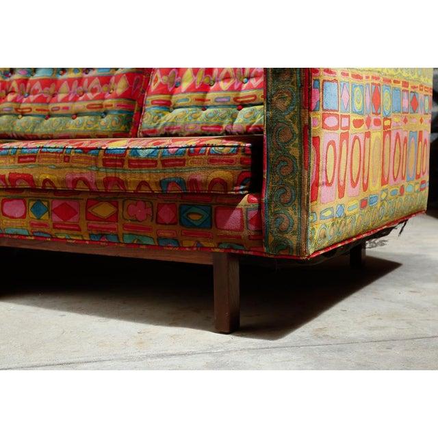 Edward Wormley Dunbar sofa with original Jack Lenor Larsen upholstery For Sale - Image 5 of 11