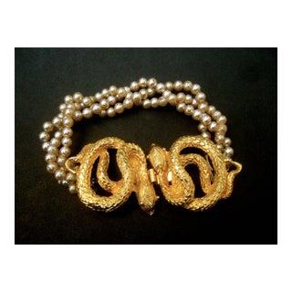 Gilt Metal Serpent Clasp Glass Pearl Bracelet For Sale