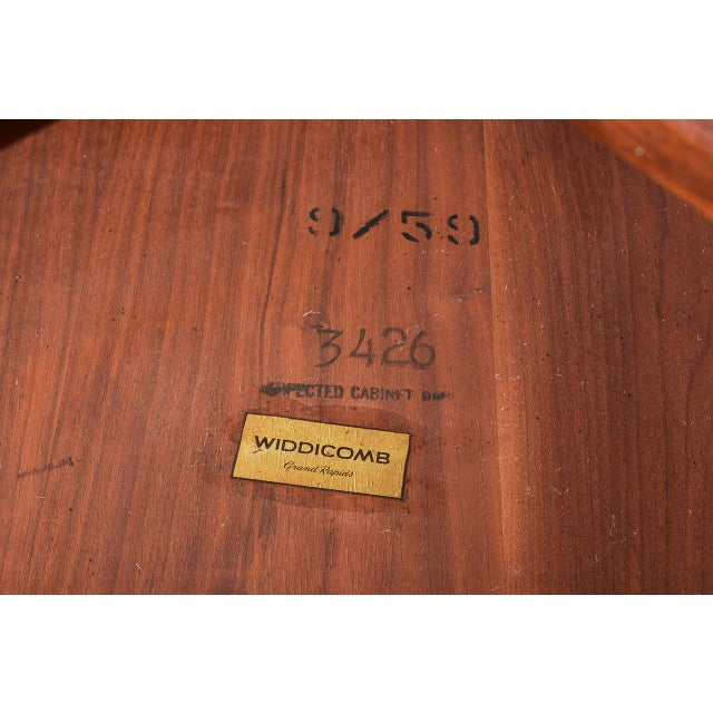 Wood George Nakashima Coffee Table for Widdicomb, 1950s For Sale - Image 7 of 8