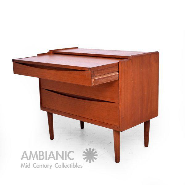 Arne Vodder Secretary Vanity Desk Dresser for Sibast - Image 10 of 10