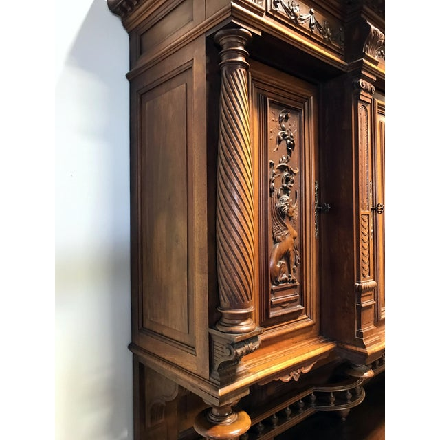 Late 19th / Early 20th Century French Carved Walnut Buffet a Deux Corps - Image 3 of 11