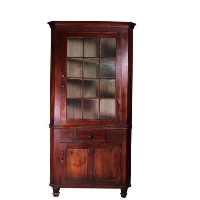 Country Early 19th Century Antique Walnut Corner Cabinet For Sale - Image 3  of 11 - Early 19th Century Antique Walnut Corner Cabinet Chairish