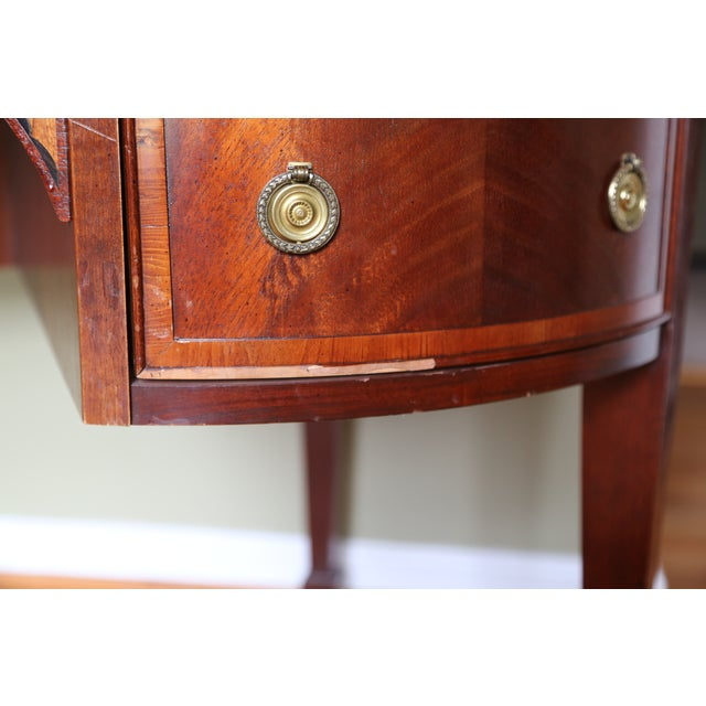 Hekman Kidney Writing Desk For Sale - Image 5 of 9